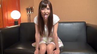 【舌フェチベロフェチ】日向なつ(野村萌香)の長い舌
