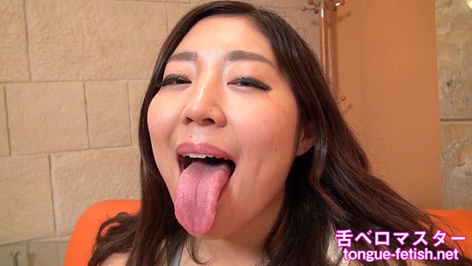 【舌フェチベロフェチ】園田花凛の肉厚で長い舌